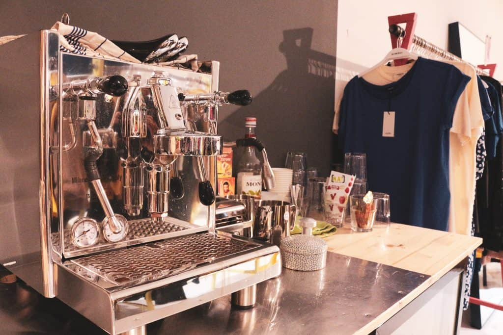 Kauf Dich Glücklich: Free Coffee and Free softs in every concept stores